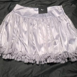 NEW Silver Ryu Mesh Lined Skirt - Small